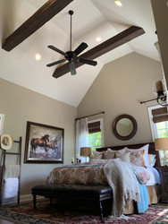 A Southwestern Style Bedroom Gets a Faux Update