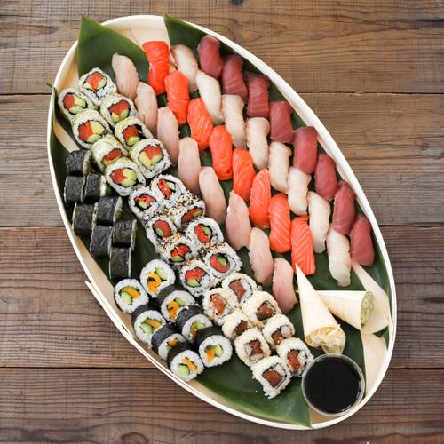 Large Sushi Combo Platter