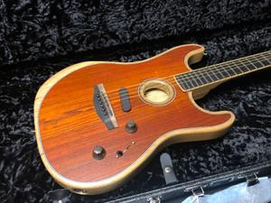 Fender AMERICAN ACOUSTASONIC® STRATOCASTER® COCOBOLO