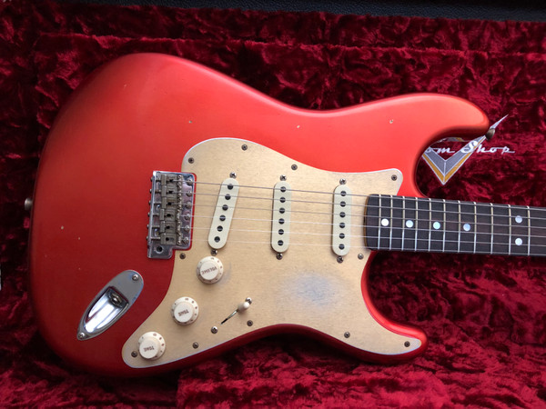 Fender LIMITED BIG HEAD STRAT® JOURNEYMAN RELIC Aged Candy Apple Red