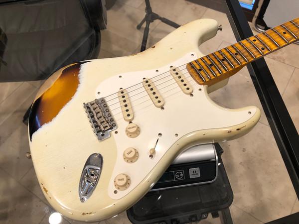 FENDER NAMM 2019 Display 59 Stratocaster Journeyman Relic Aged Olympic White over 3 Tone Chocolate Sunburst