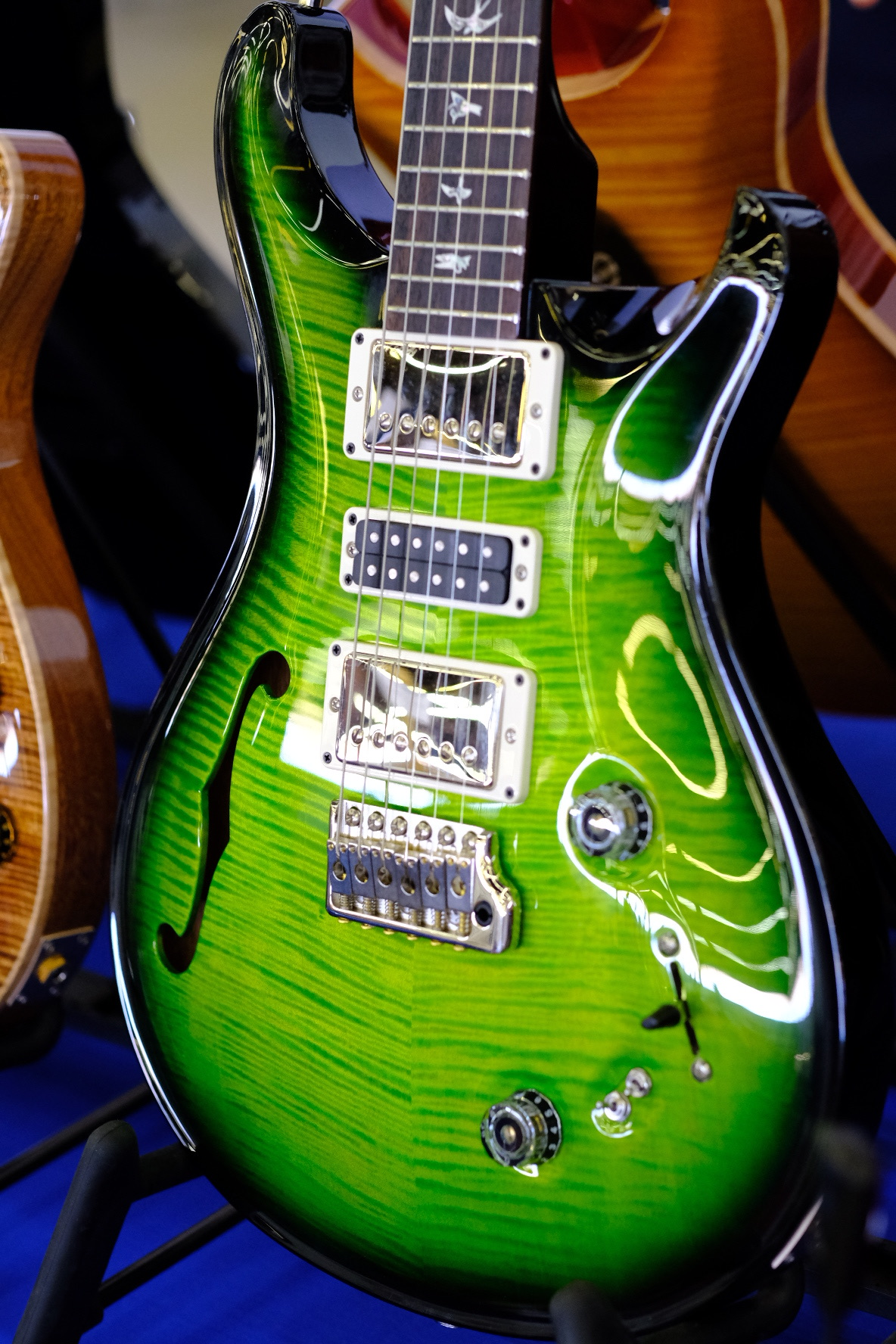 Prs Wood Library Special 22 Semi Hollow Ltd Eriza Verde