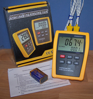 Scientific Digital LCD Thermometer Two K J E T Type Sensors