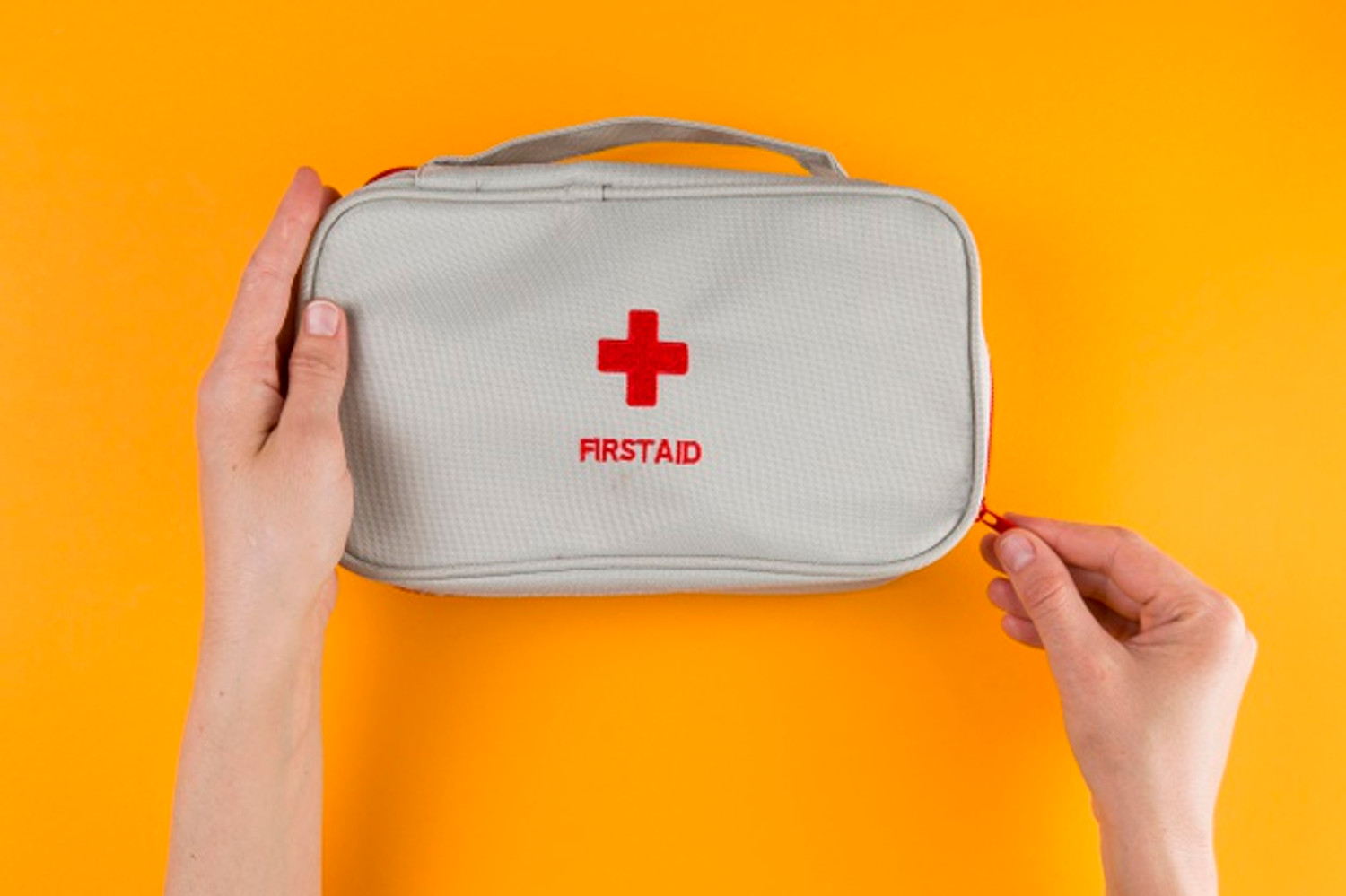 Kit de primeros auxilios