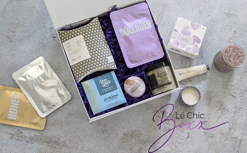 Customize gift boxes for women