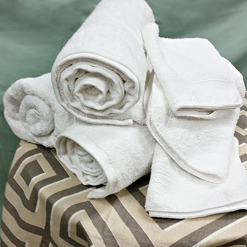 ESSENCE-COLLECTION-TOWEL.jpg