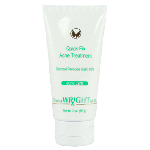 This highly effective formula significantly reduces acne and targets oily skin.
