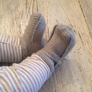 Button Strap Knit Booties