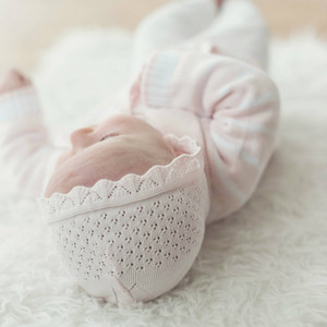 Girls Pointelle Knit Bonnet