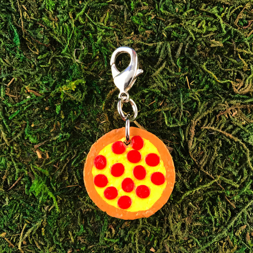 HOTI Pepperoni Cheese Paper Painted Pizza Pie Cork Charm