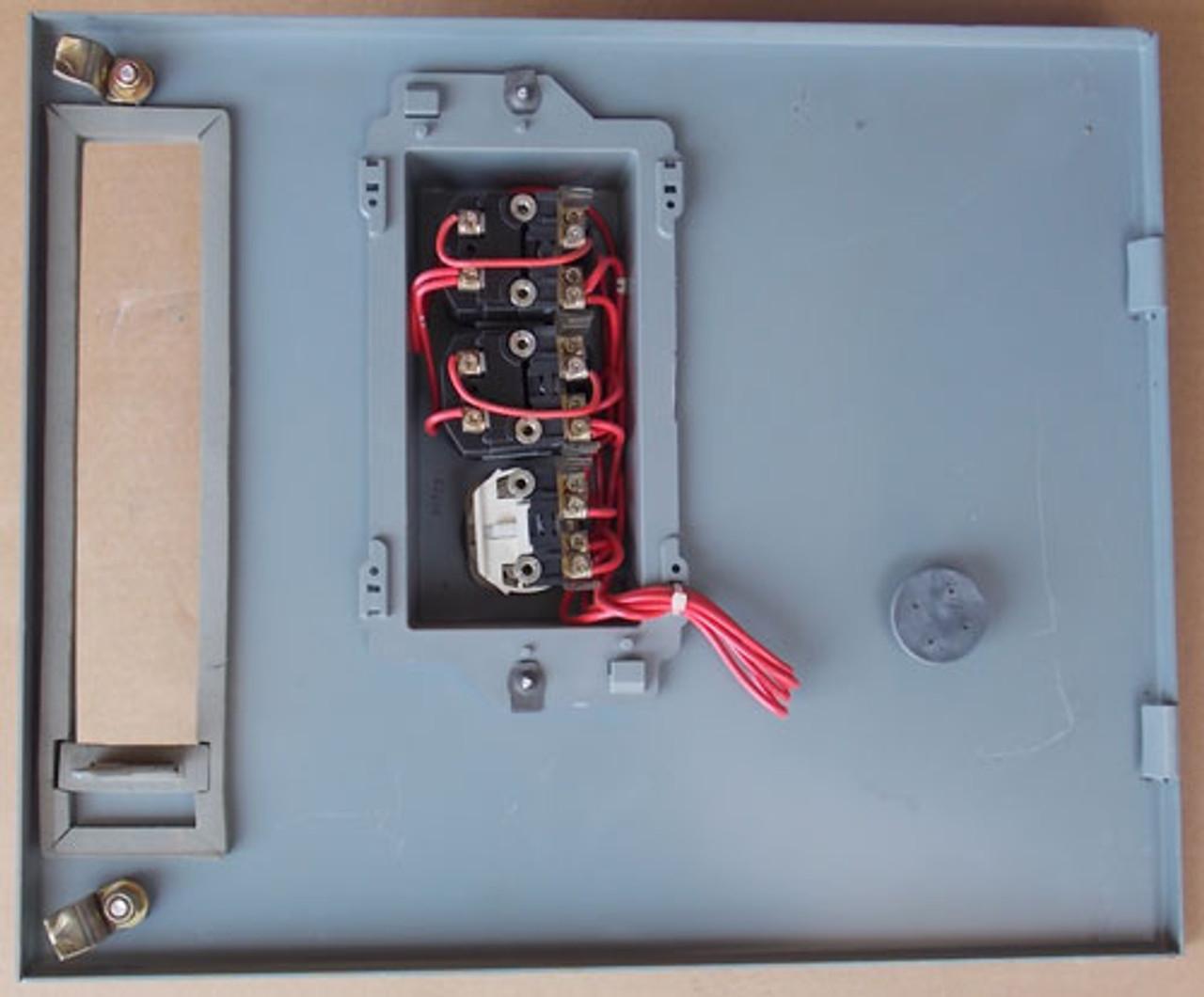 AB YUX773643-4AD 2100 Series Size 1 MC Bucket 3PH 10HP 480V 120V Coil - Used