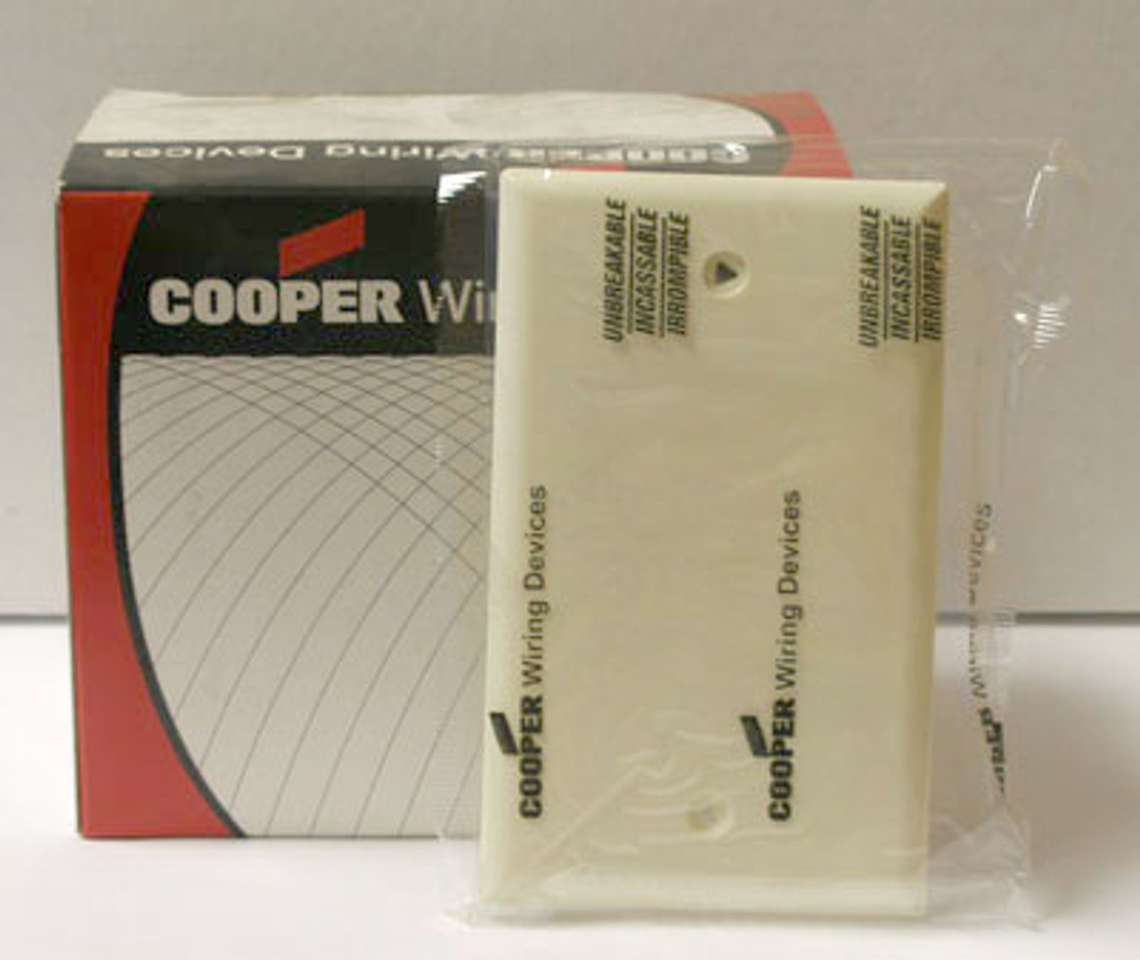 Cooper 5129A 1Gang Almond Blank Wallplate Sold in Box of 15 - New