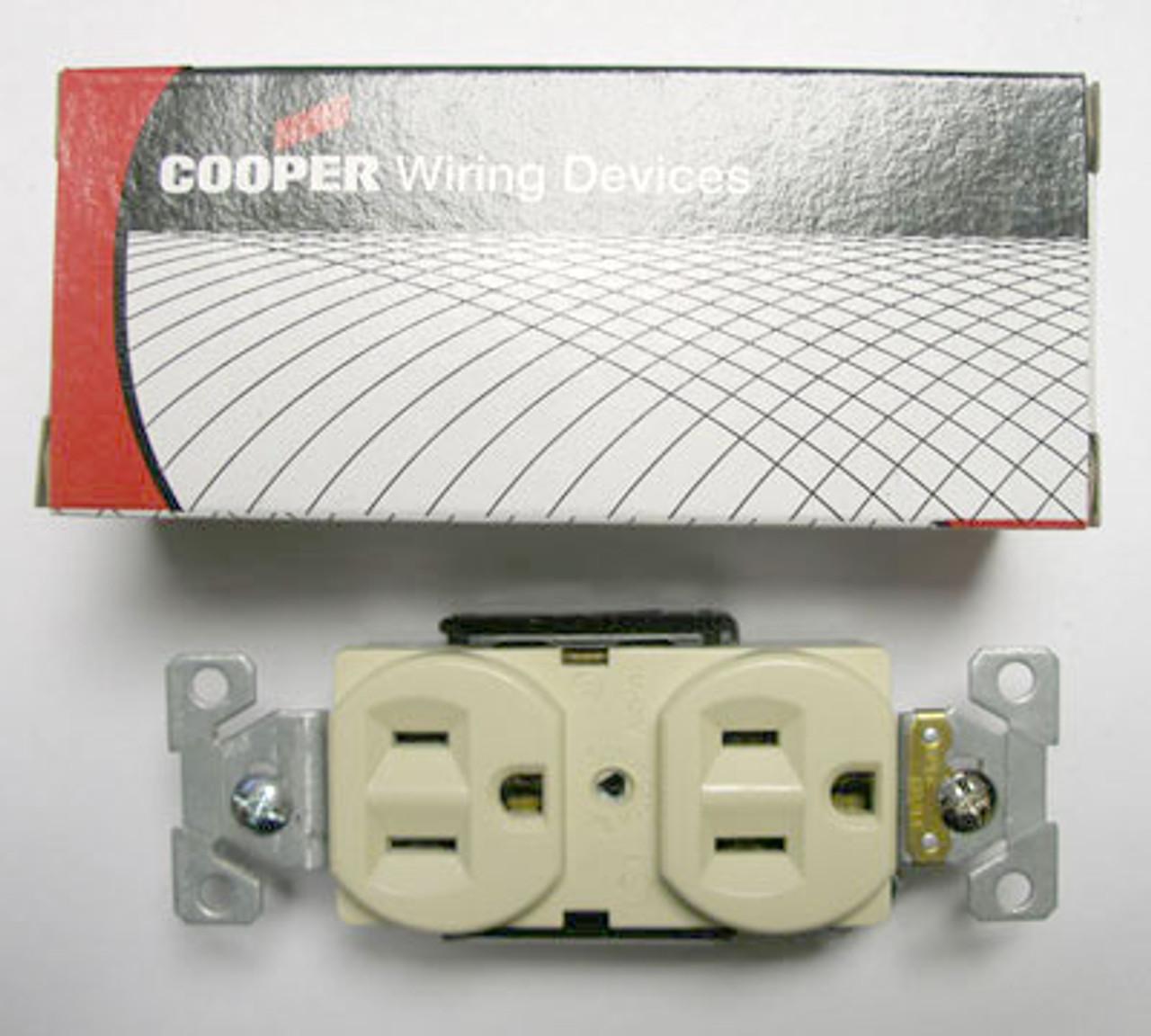 Cooper 5262CV Ivory 15A Duplex Compact Receptacle (Lot of 5) - New