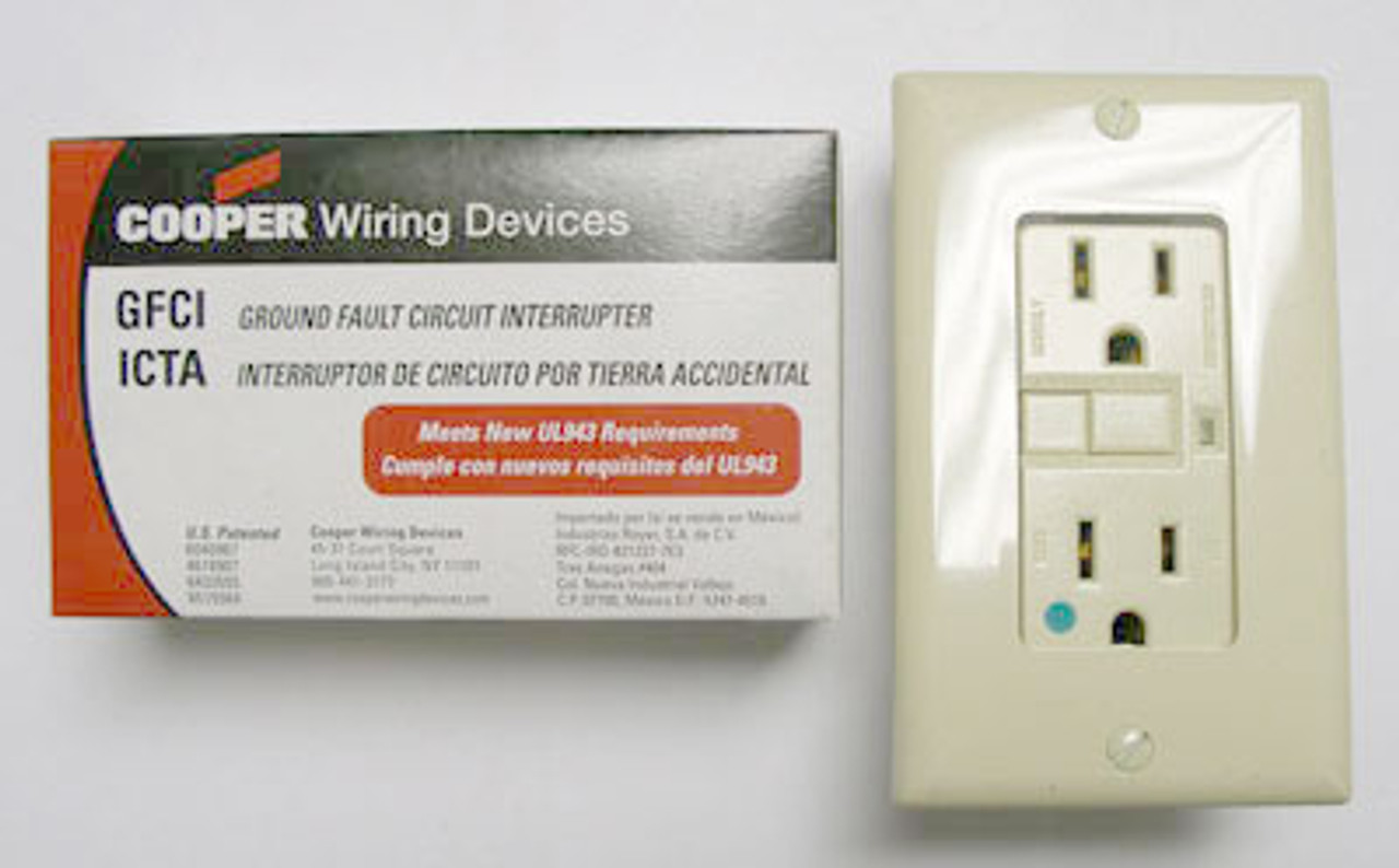 Cooper XHGF15V Ivory 15A-125VAC H-Grounding Receptacle