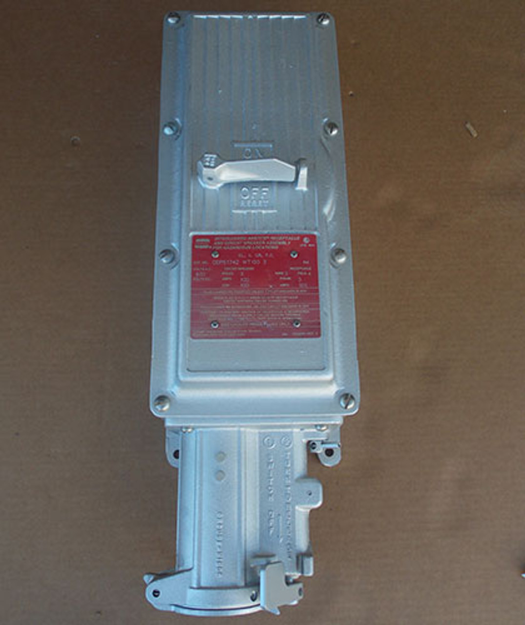 Crouse-Hinds DBR51742 WT100 3 100A Interlocked Receptacle & Breaker Assembly - New