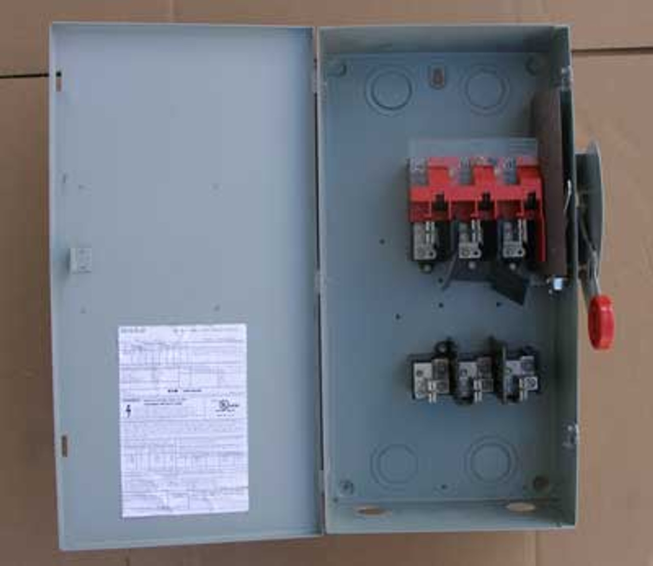 Cutler Hammer DH363FGK 100A 3 Pole 600VAC HD Fusible Safety Switch