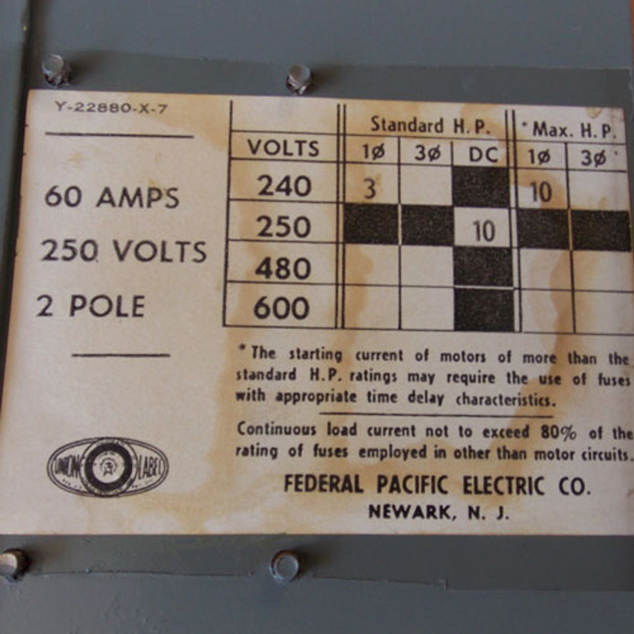 FPE QMQB6622 60A 240V 2 Pole Twin Fusible Switch - Reconditioned