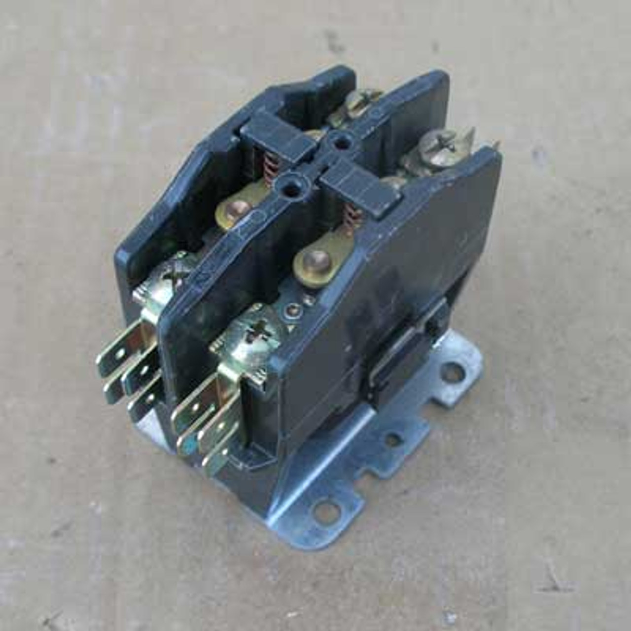 Furnas 45CG20AJB669R 2 Pole 24v Coil Series C Contactor Used