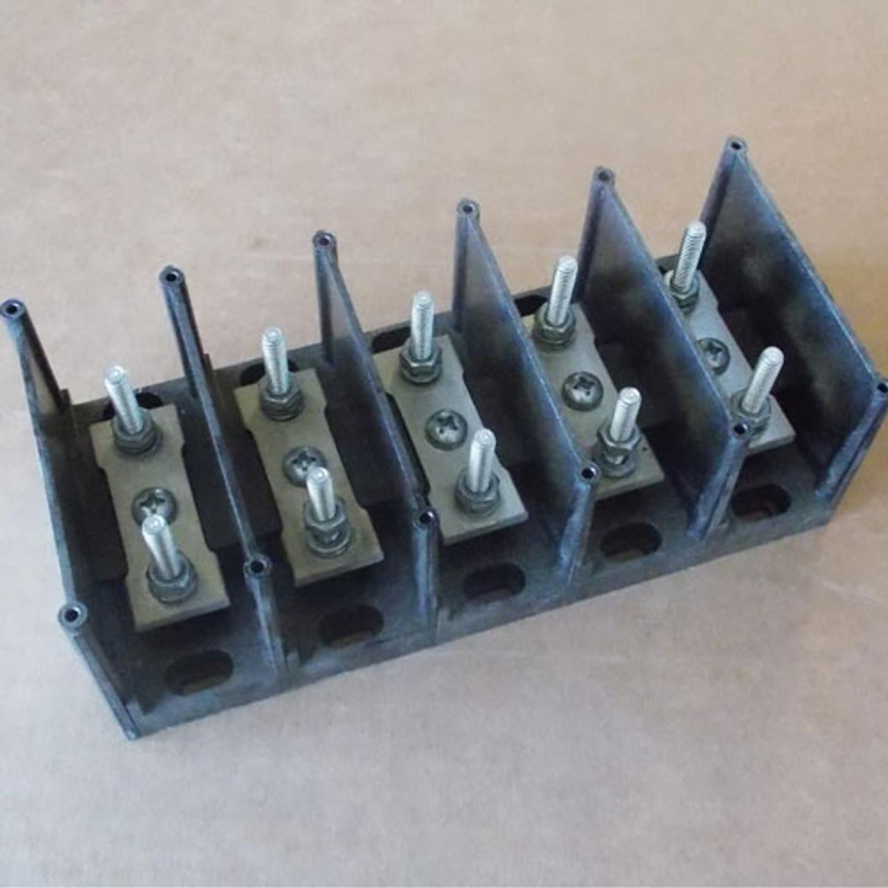 Gould Shawmut 66272 Power Distribution Block 2 Pole 600V - Used
