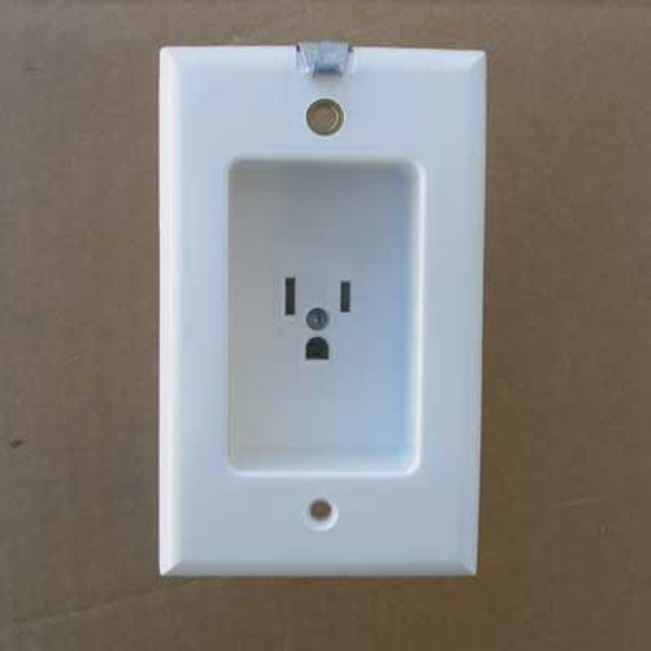 Leviton 688-W 2 Pole 3 Wire ClockHanger Receptacle (Lot of 2)