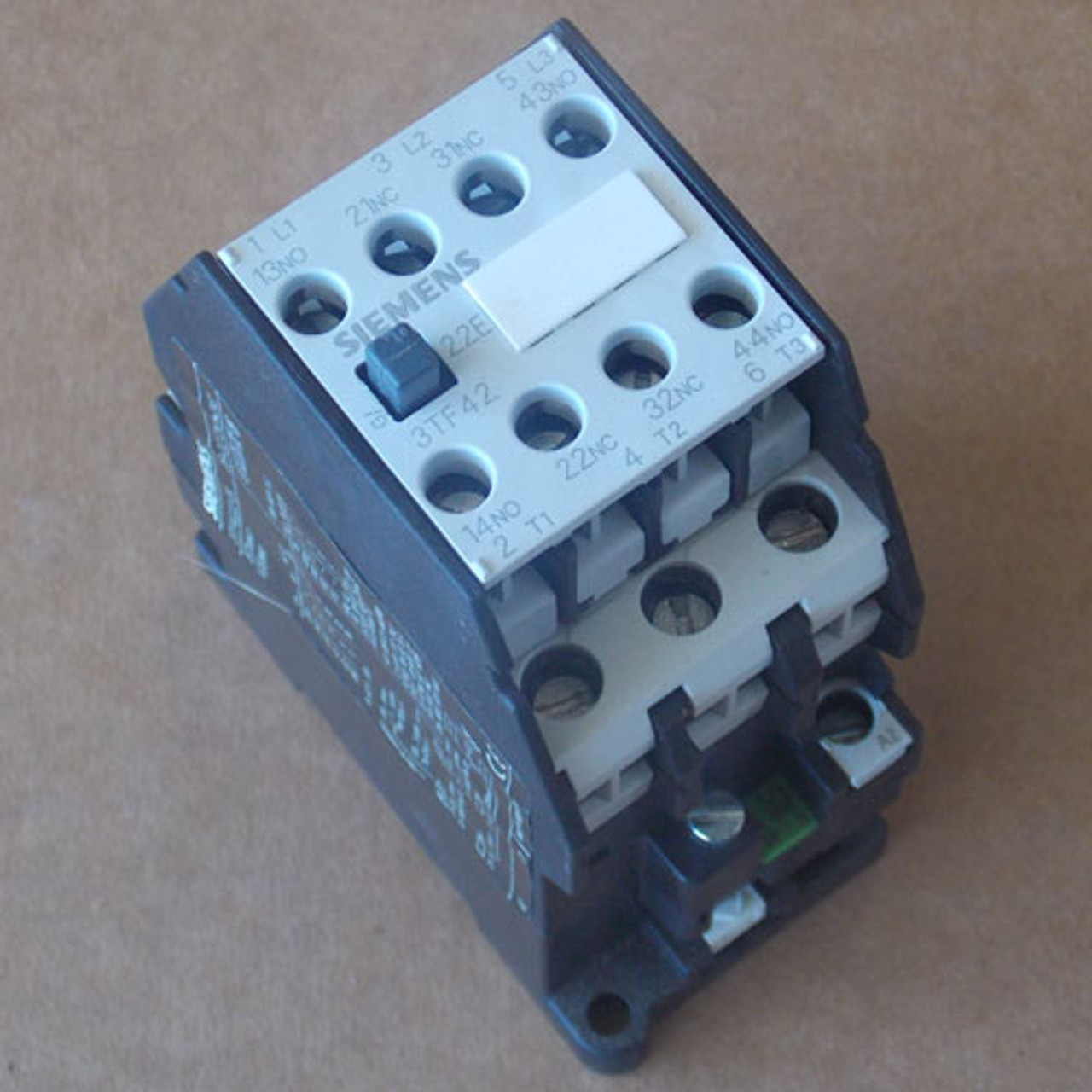 Siemens 3TF42 Magnetic Contactor 3 Phase 30 Amp 208V Coil - Used