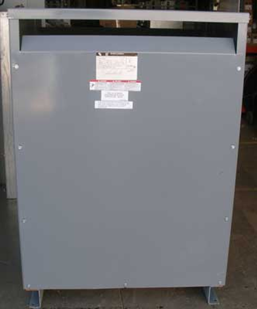 Square D 225T76HIS 225 KVA 480 to 480Y/277V 3 Phase Transformer - Reconditioned