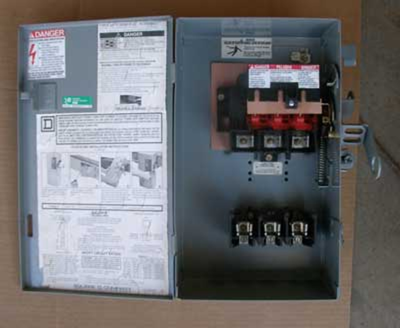 Square D PQ3603G 3P 30 Amp 600V Fusible Busway Switch - Reconditioned