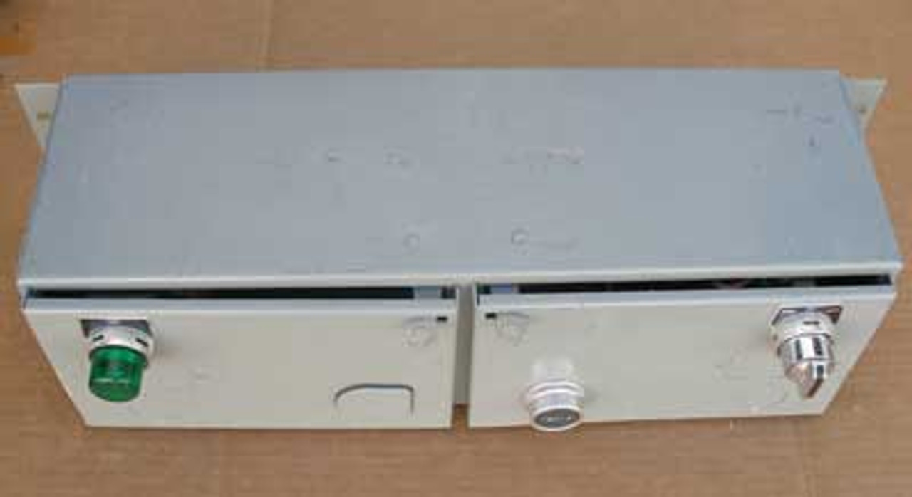 Square D Saflex Bucket with 1 Size 1 Starter & 1 8502 Size 0 Contactor - Used