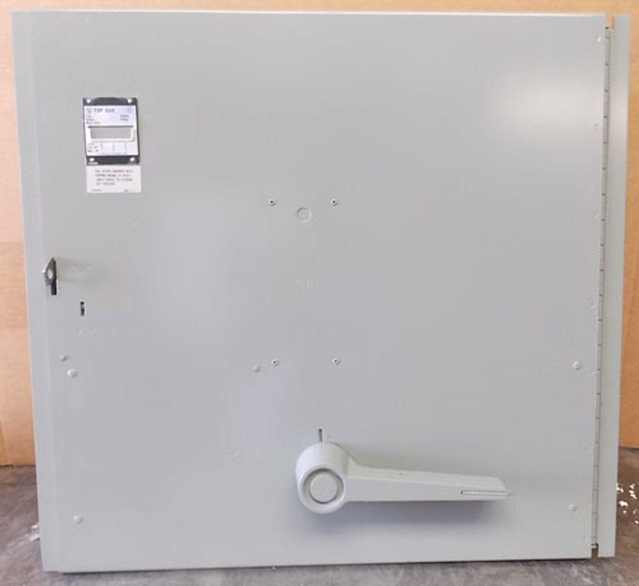 Sylvania FDPS367 3P 800A 600V Vertical Fusible Panel Switch - Reconditioned