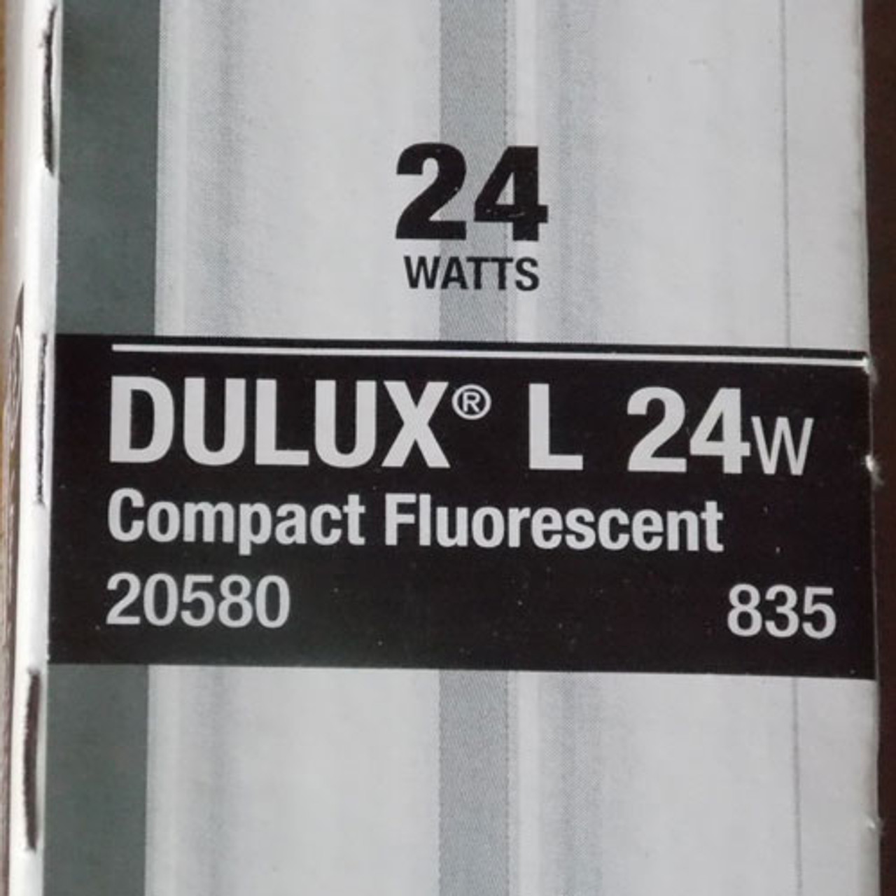 "Sylvania FT24DL/835 Dulux 24W Compact Fluorescent 2G11 4 Pin 12"", Lot of 2 - New"