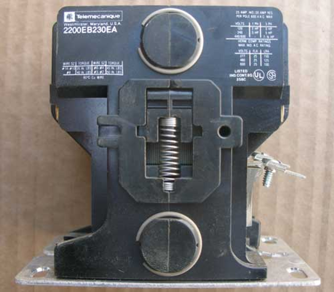 Telemecanique 2200EB230EA 3P 25A 600V Def Purpose Contactor Open - Used
