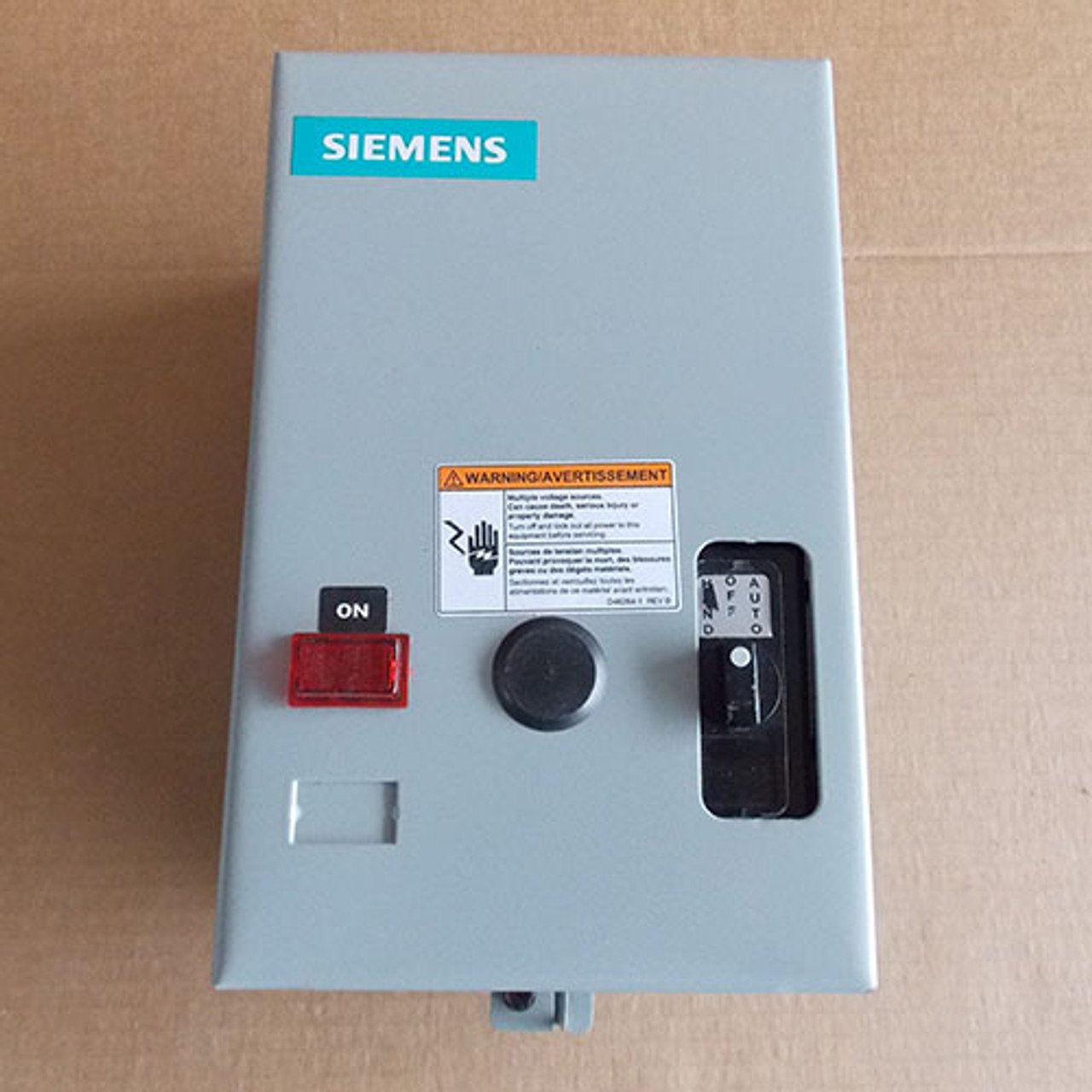 Siemens LEN01B006277A 20A 6P 277V Lighting Contactor N1 with On/Off Switch - New