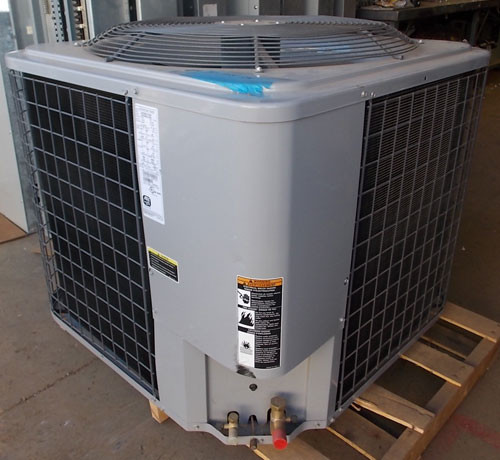 ARI N2H360ALC200 460VAC 3PH R-22 5 Ton Condenser Heat Pump - New