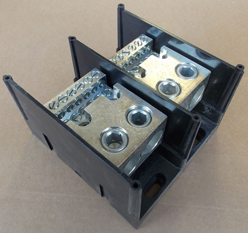 Burndy BDB-212-500-2 600V 2 Pole Power Distribution Block