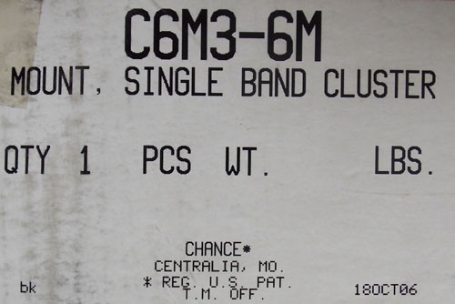 Chance C6M36M Mount, Single Band Cluster, Pole Line Hardware - New