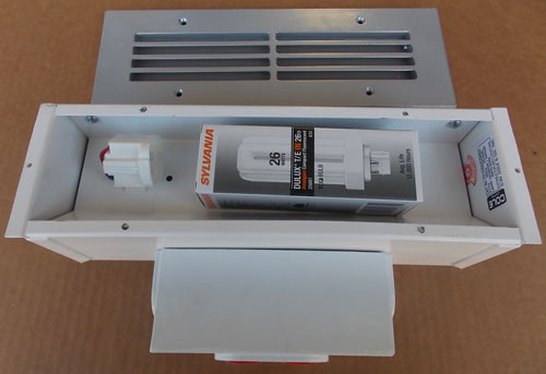 Cole Lighting F215926JWEB 20A 26W 277V Recessed Fluorescent Step Light - New