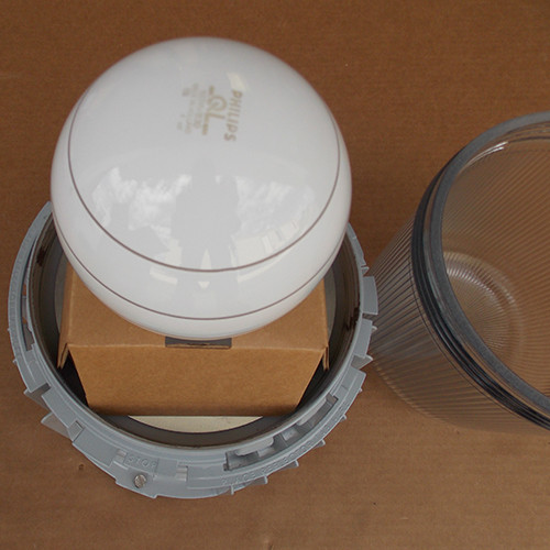 Cooper Crouse-Hinds DMVIG165G 165W QL 200/277V Lighting Fixture w/ Bulb - New