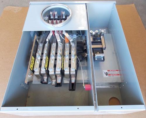 Cutler Hammer 37SS120R 1200A 208Y/120VAC 3Ph Main Bus Rating Single Meter Socket