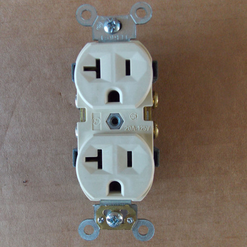 Pass & Seymour CR20-l 20A 125V Duplex Receptacle Ivory  - New