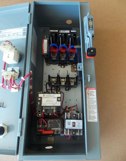 Square D 8538 SBG33 Size 0 AC Combo Starter 30A 480V Coil 3PH Nema 1 - Used