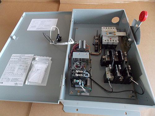 Eaton Elevator Control Switch Fusible 100 Amp 240V 3P Nema 1 - Used