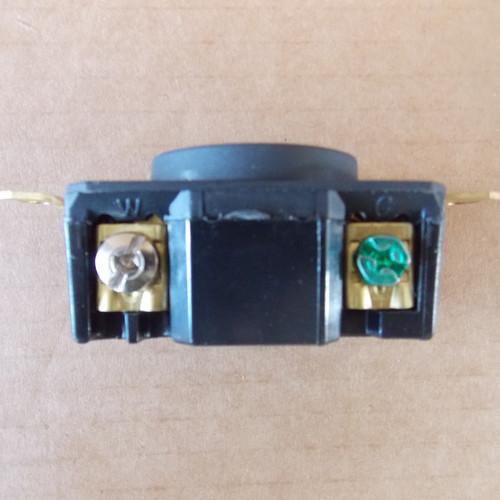 Legrand L530-R Turnlok Receptacle 30A 125V 2P 3W Grdg Nema L5-30R - New