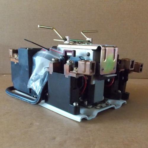Square D 8536-F01 Size 4 Motor Starter 3PH 120V Coil Series C - Used
