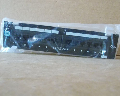 CE Tech 637426 Cat 5e Mini 12 Port Patch Panel with 89D Mounting Bracket - New