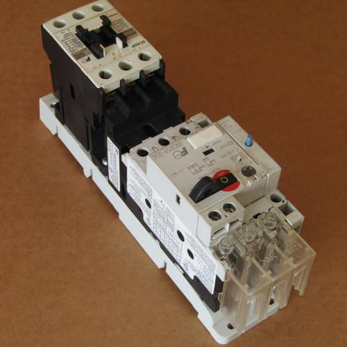 Fuji Electric BM3RSR-004 Manual Motor Starter 2.5-4A 110V Coil - Used