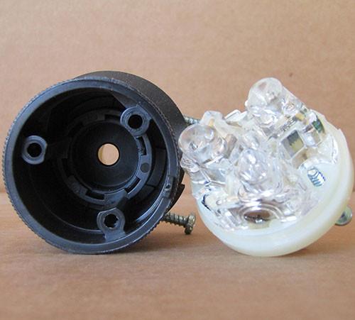 Hubbell HBL2311 20 Amp 125 2P 3W Insulgrip Twist Lock Plug - New