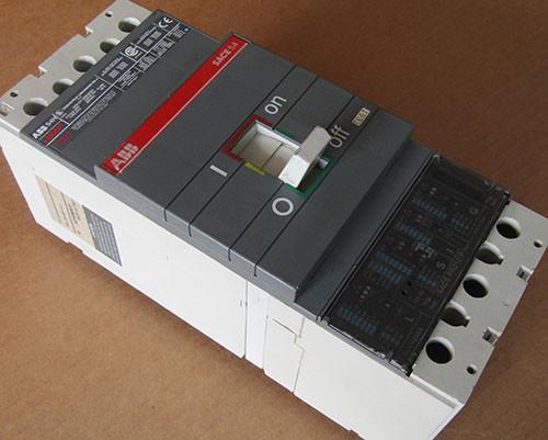 ABB S4H SACES4 3 Pole 250 Amp 600V Circuit Breaker - Used