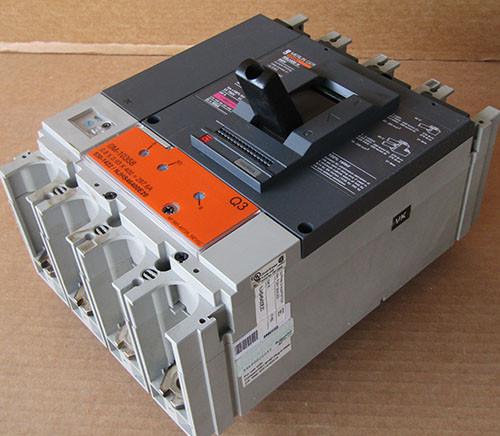 Merlin Gerin NJHS46400E20 3 Pole 400 Amp 600V Circuit Breaker - Used