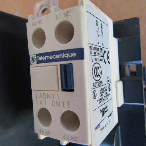 Telemecanique LC1F185 Contactor 3 Pole 600 VAC 185 Amp  - Used