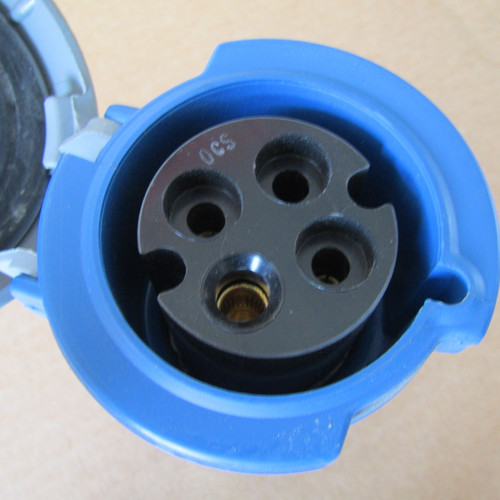 Hubbell 430C9W Watertight Connector 30A 3PH 3P 4W 250VAC Blue - Used